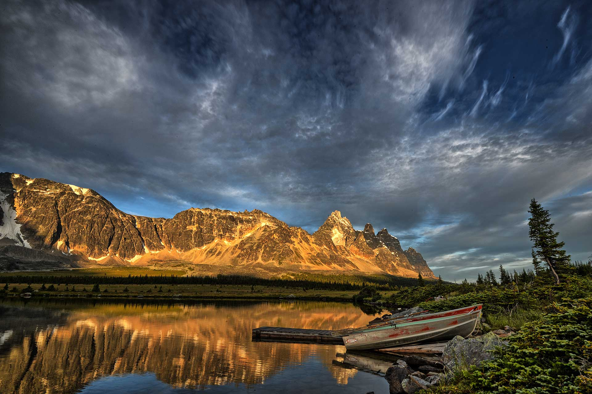 Tonquin Valley - Photo By Clement Wan